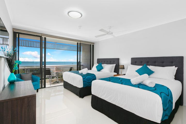 Cairns Luxury Seafront Apartment Second Bedroom